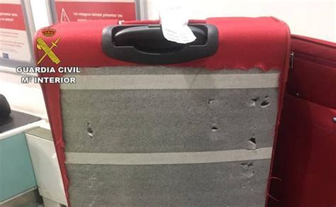 vasco cocaina detenida en loiu con 4 kilos de coca 237 na en su maleta el