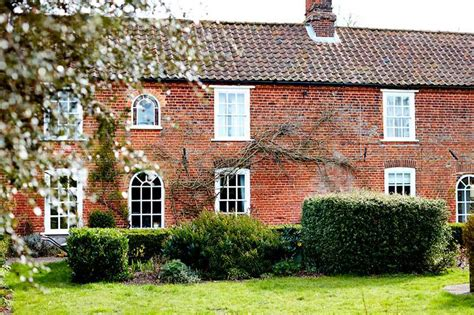 waterfall cottage self catering discover norfolk