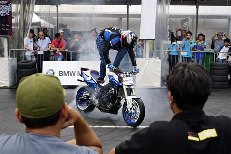 Motorrad Stunt Show 2018 by Bmw Motorrad S Mega Moto Party Comes To Singapore Updated