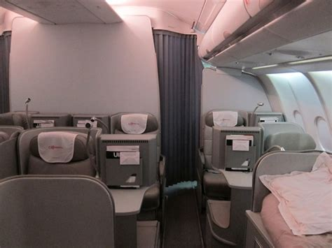 alitalia honeymoon seats review alitalia a330 magnifica class business class