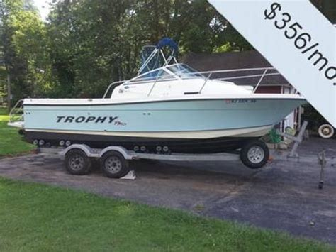 trophy boats reviews trophy 2152 walkaround for sale daily boats buy