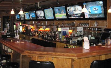 racks billiards and bourbon 35 photos sports bars