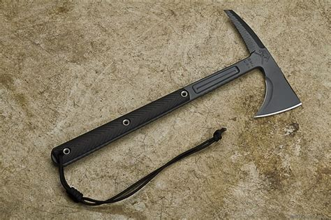 types of tomahawks types of axes what to look for in a survival axe