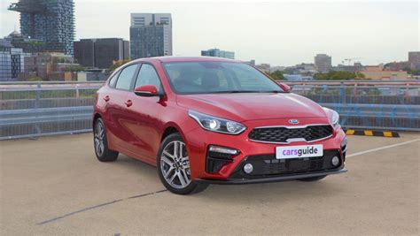 Kia Cerato Hatch 2019 by Kia Cerato Sport 2019 Review Hatch Carsguide