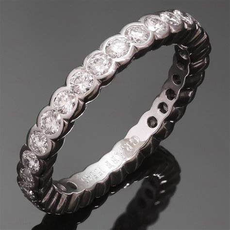 graff scallop gold eternity band ring for sale at