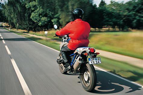 Auto Und Motorrad Führerschein Zusammen by Alle Infos Zum Motorradf 252 Hrerschein Bilder Autobild De