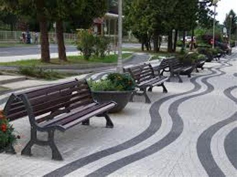 imu imagenes y muebles urbanos foto mobiliario urbano de girod medias s l 943655