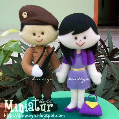 Boneka Wisuda Cikarang craft souvenir educative toys miniature doll ls elg