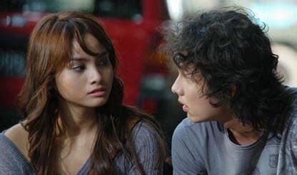 film love is cinta 10 film acha septriasa terbaik yang wajib untuk ditonton