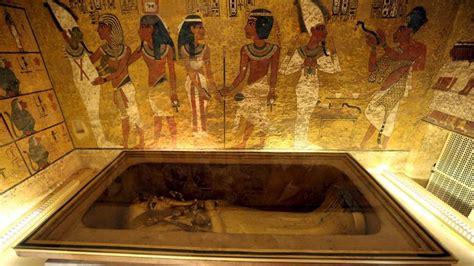 imagenes egipcias tutankamon egipto busca la tumba de nefertiti junto a la de tutankamon
