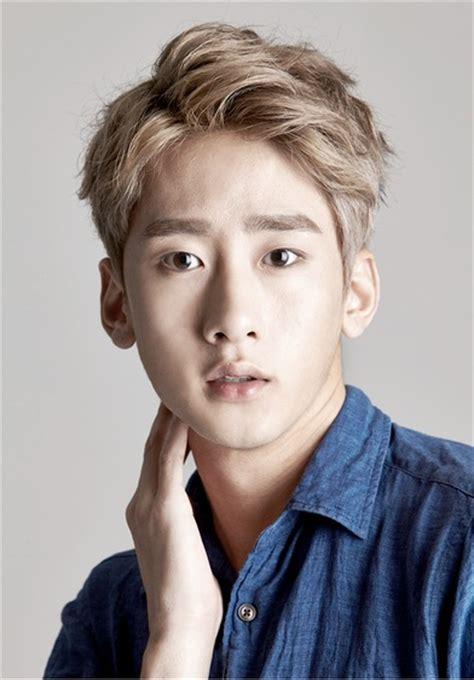 model rambut remaja pria remaja korea cowok remaja korea cowok model rambut pendek