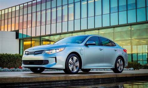 global motors chicago 2017 kia optima in hybrid makes global debut at
