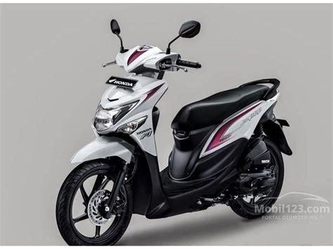 Honda Beat Pop Putih 2015 2016 jual motor honda beat 2015 0 1 di dki jakarta automatic