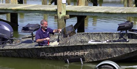 how to launch and retrieve a boat boat towing guide how to trailer a boat boats