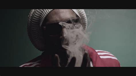 film snoop lion snoop lion smoke the weed ft collie buddz dinle