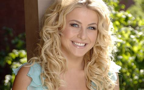what is the description of julianne hough s haircut in safe haven julianne hough hd wallpapers high quality