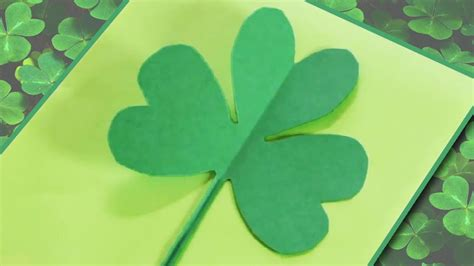 how to make a paper shamrock clover