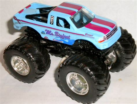 wheels bigfoot monster truck monster truck ebay upcomingcarshq com