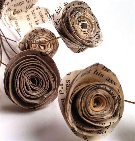 confeccion de flores de papel pediodico flores reciclando papel peri 243 dico y rollos papel higi 233 nico
