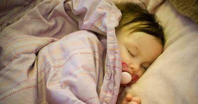 cara membuat oralit pada bayi cara mengobati diare pada bayi balita secara alami dan