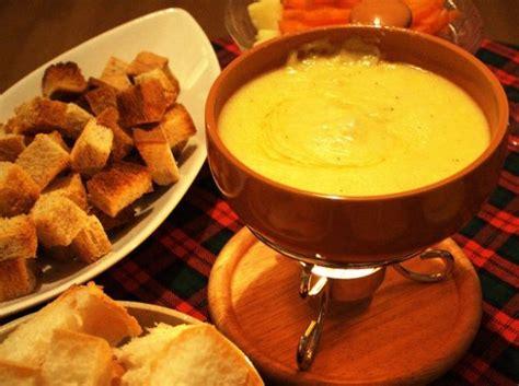 cucina svizzera piatti tipici ricetta fonduta di cioccolato ricette di buttalapasta