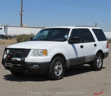 used ford suvs with 3rd row seating sell used 2004 ford expedition xlt 4x4 suv 5 4l v8 3rd row