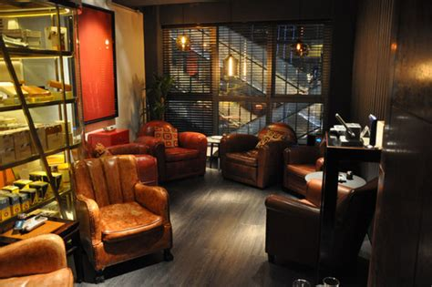best way to smoke in a hotel room 5 best cigar lounges in hong kong lifestyleasia hong kong