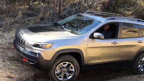 2019 Jeep Trailhawk by 2019 Jeep Trailhawk Road