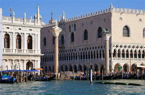 best cheap hotels in venice italy best hotels in italy accommodation rooms apartments