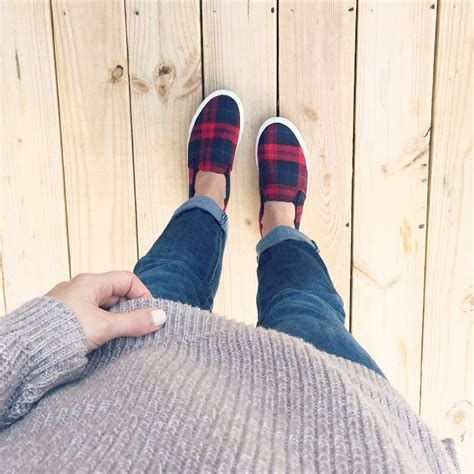 Jaket Vans Oldys Navy Sweater everyday style january one momma