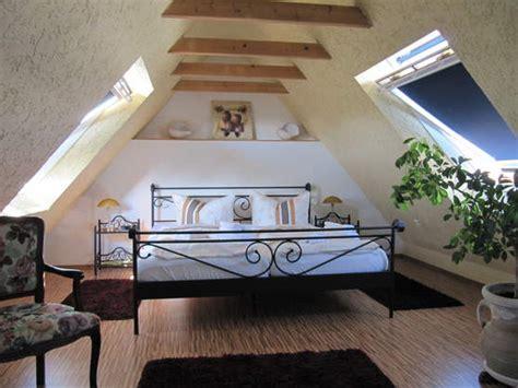 schlafzimmer unterm dach sitzen unterm dach schlafzimmer haus design m 246 bel ideen