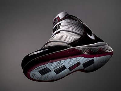 lebron playoff shoes lebron playoff shoe nike zoom soldier iii pop