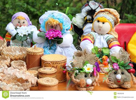 traditional russian gifts russian souvenirs royalty free stock photos image 19529248