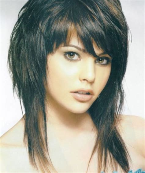diy shaggy haircut medium shag diy haircut 25 best ideas about medium shag