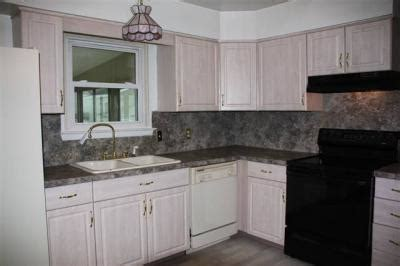kitchen and dining room paint colors help out paint colors for foyer kitchen living and