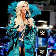 charlotte flair figure 8 liv morgan taps out to the figure 8 wwe pinterest