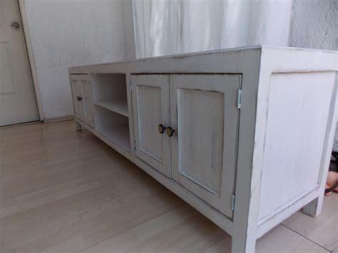 muebles estilo antiguo mueble de tv estilo vintage color blanco antiguo decapado