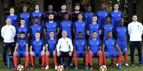 Foot - Bleus - Géopolitique de la photo officielle de l ... L Equipe Foot