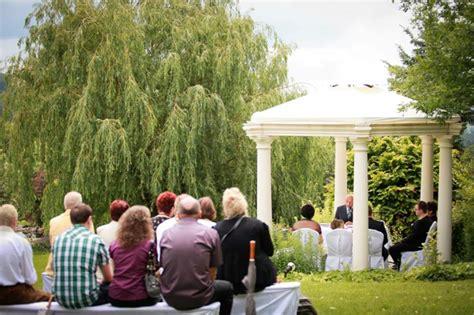 Pavillon Trauung by Reiterhof Wirsberg Standesamtliche Trauung Im Freien Bei
