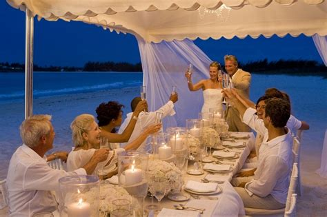 Best Sandals Resort For Anniversary 1000 Ideas About Small Wedding On Small