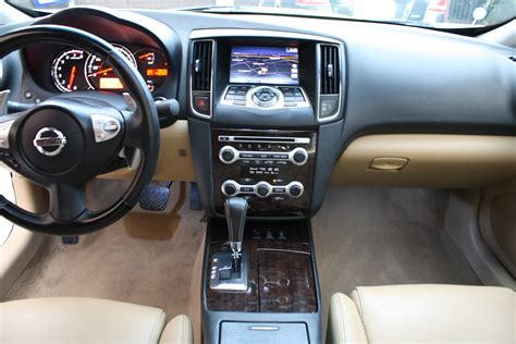 used nissan maxima 2010 image gallery 2010 nissan maxima