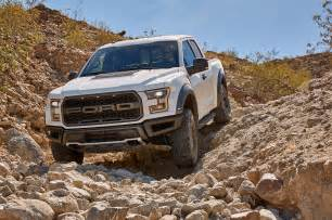 Ford Raptor Gas Mileage 2017 Ford F 150 Raptor Makes 450 Hp At 16 Mpg