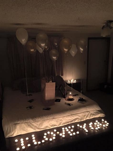 how to surprise him in bed de 25 bedste id 233 er inden for diy birthday gift p 229