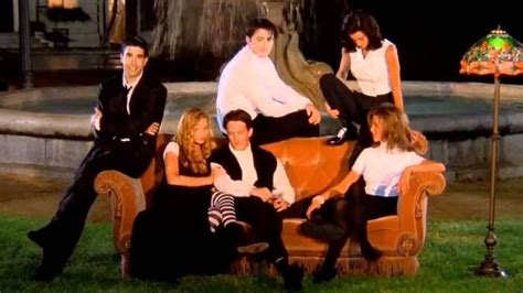 theme song to friends friends was originally going to have a a very different