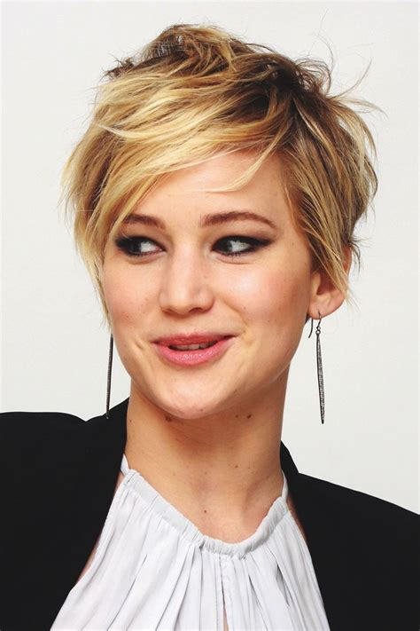 google pixie haircuts pixie haircut jennifer lawrence google search hair