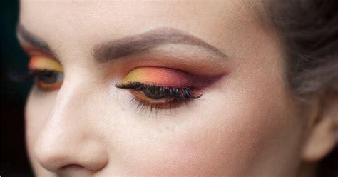 Eyeshadow Dibawah Mata makeup mata sunset eyeshadow yang siap mewarnai musim