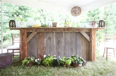 Backyard Wedding Bar Ideas New Hshire Rustic Backyard Wedding Rustic Wedding Chic