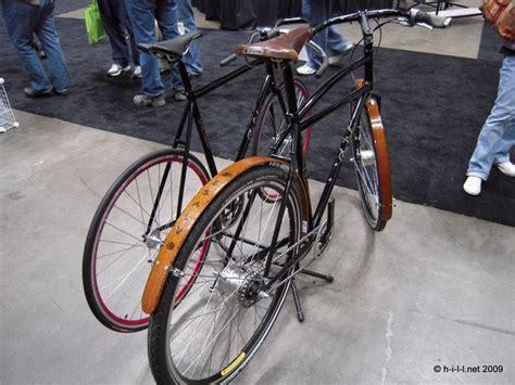 Wheel Dop Sepeda bellissimo sepeda fixie dengan tilan aneh unik dan