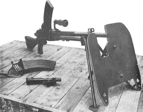 Type 96 Light Machine History Of World War 2 1 file type 96 lmg with type 99 shield jpg wikimedia commons