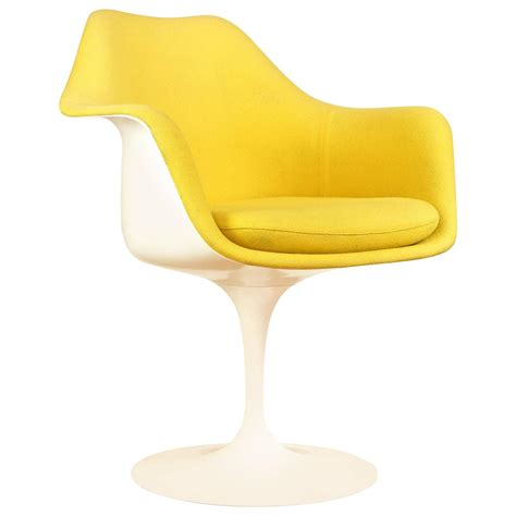 tulip chair vintage tulip chair or armchair by eero saarinen for knoll